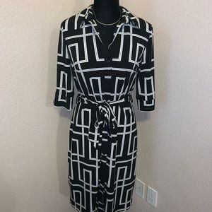 White House Black Market Dress - sz 6